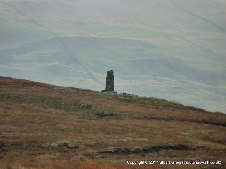Pencil cairn on the ascent of Great Shunner Fell