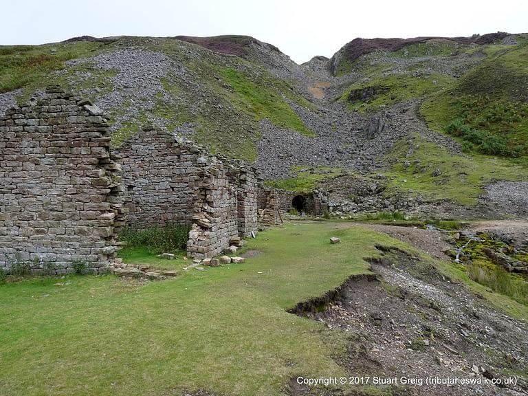 Gunnerside Gill - Bunting Level mine buildings